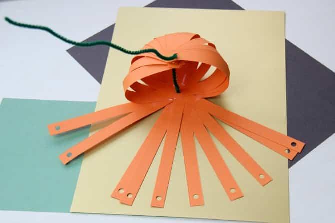 calabaza con papel 7