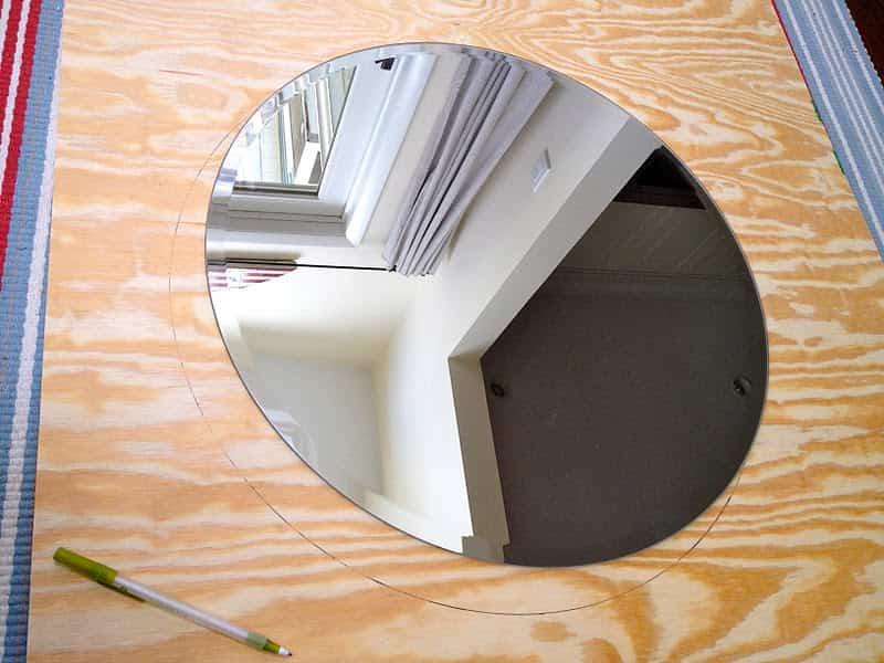 espejo decorado con madera 2