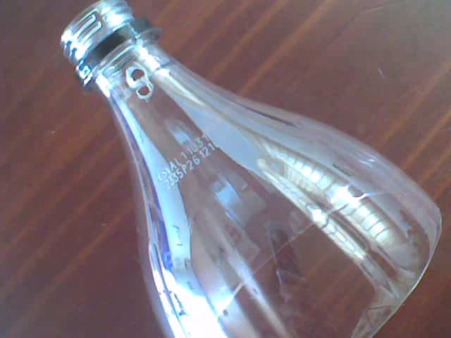 casa pajaros con botella de plastico 3