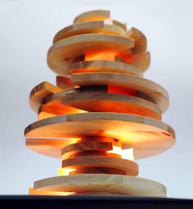 lampara por piezas de madera 13