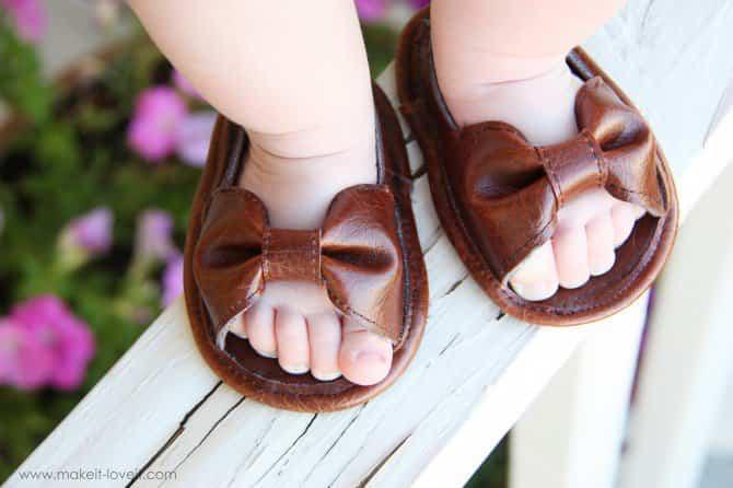 Cómo hacer bonitos zapatos de bebé
