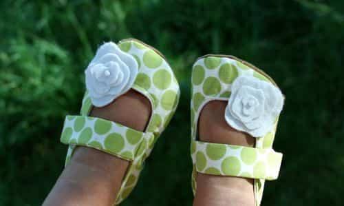 Femeninos modelos de zapatos de bebé