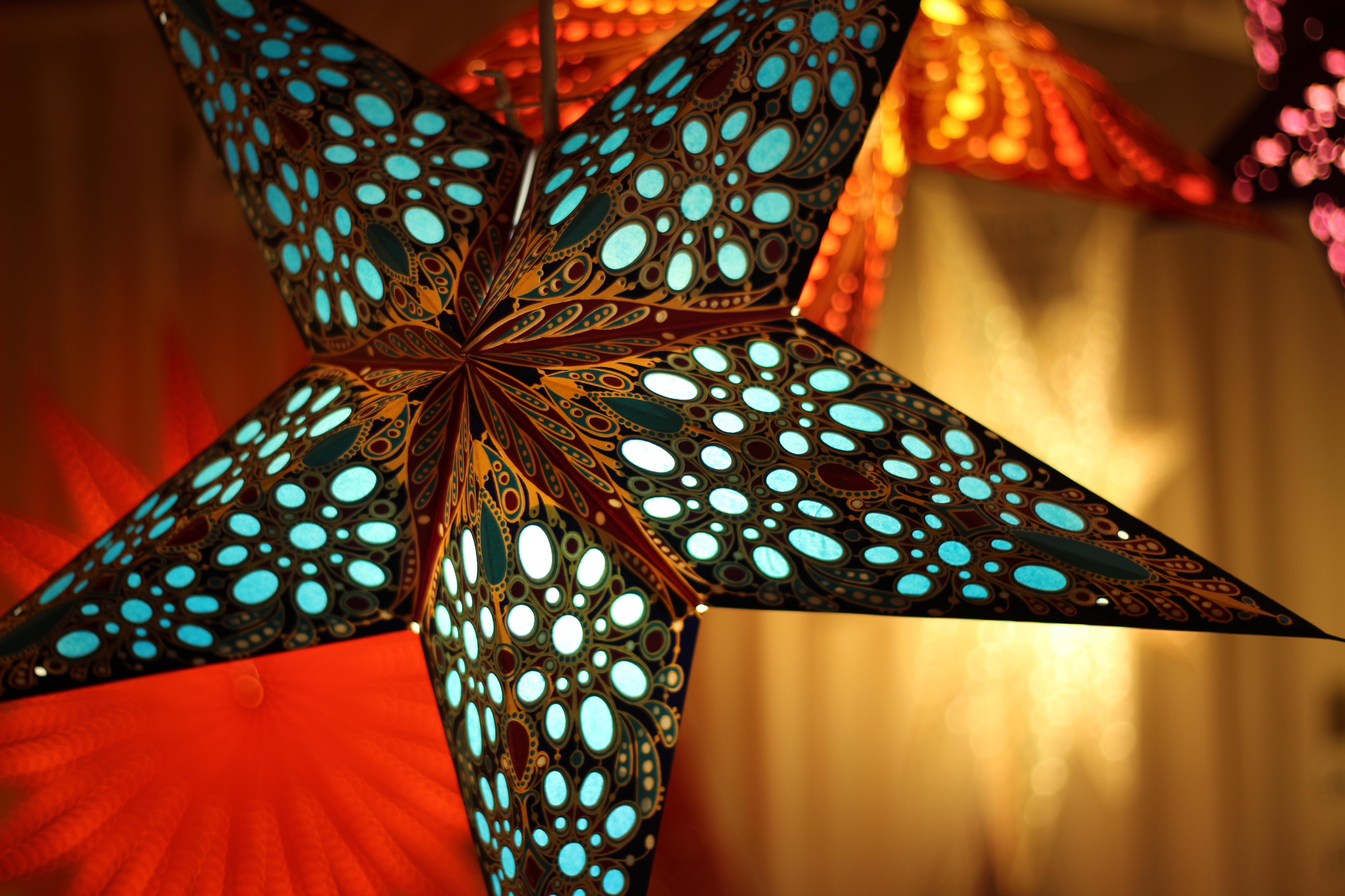 estrella de Navidad en color azul
