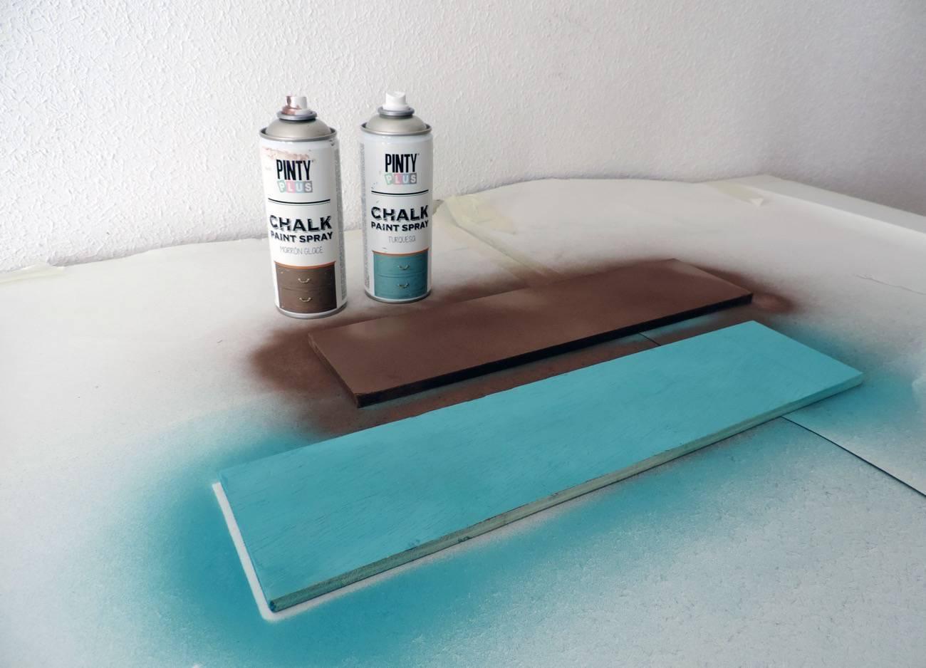 Estanteria para el recibidor - DIY -pintar estantes 10