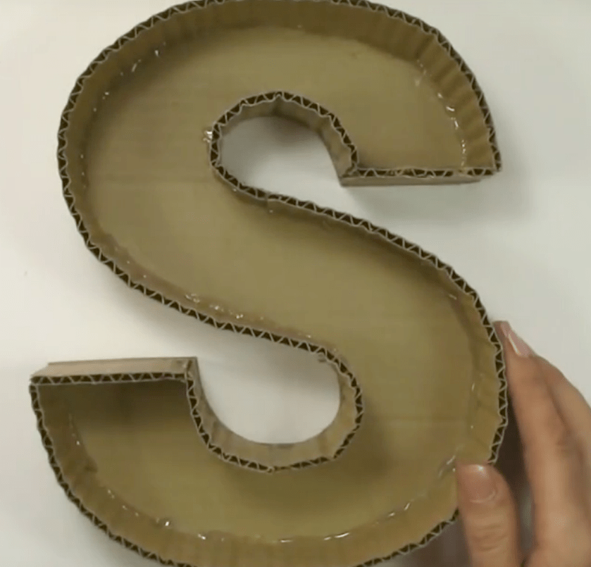 Letras en 3d hechas en cart n para decorar for Crear mi casa en 3d