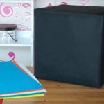 Puff con forma de cubo de Rubik