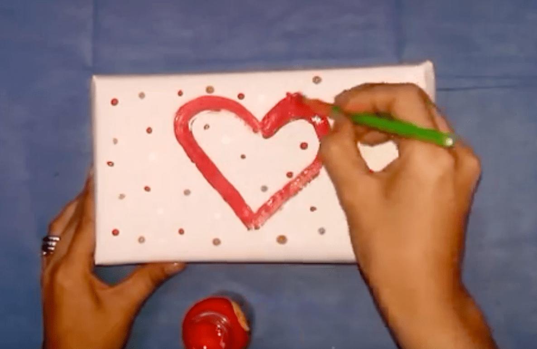 Envolver los regalos para san valent n estupendas ideas - Ideas para regalo de san valentin ...