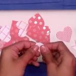 Envolver los regalos para San Valentín