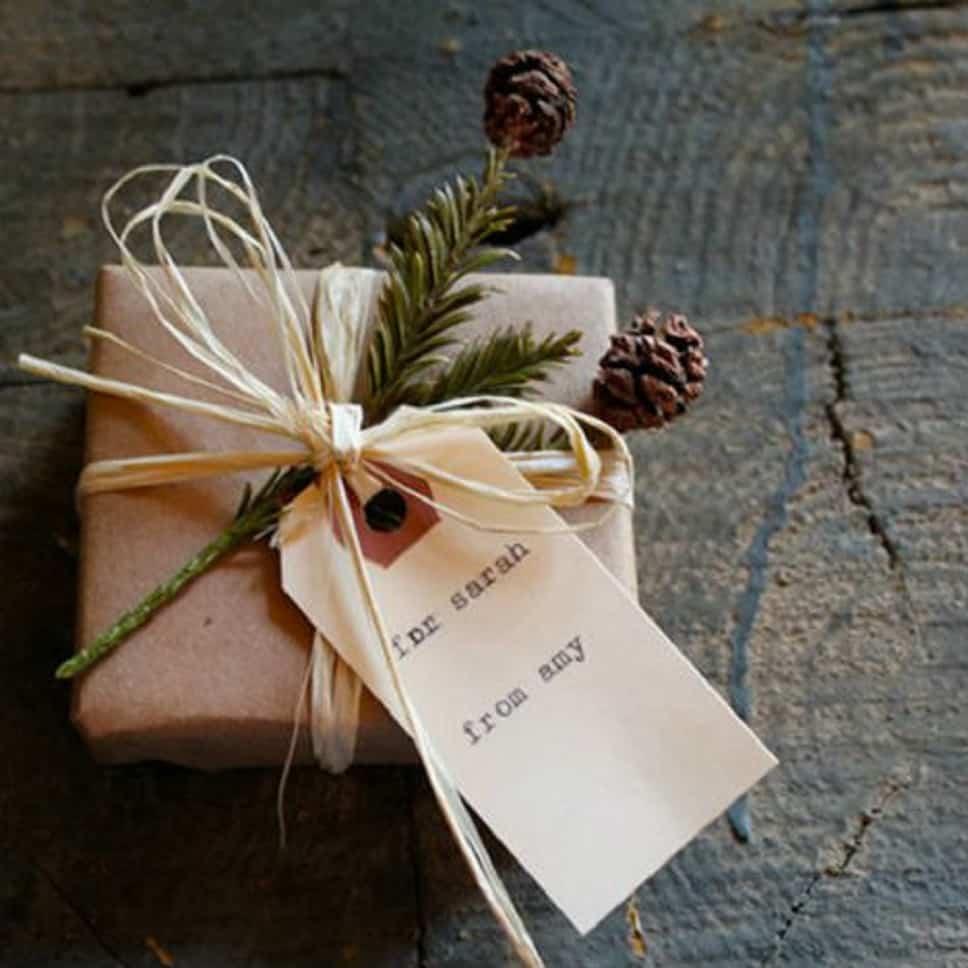 adornos y complementos navideños